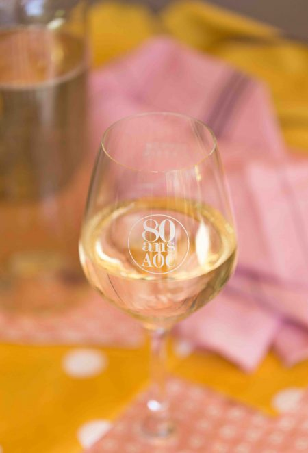 AOC vin blanc cassis